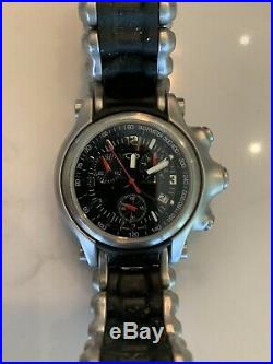 Oakley HoleShot Watch Black Dial With Silver Metal/Rubber Band (Very Rare Watch)