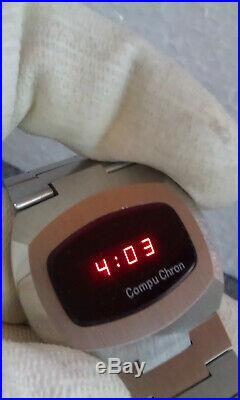 Vintage Compuchron metall tone Red LED Mens Watch. NOS
